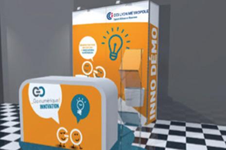 Inno Demo Stands installés à l'entrée des salles de conférence (4 inno demo), Stand personnalisable (cloison en partie personnalisable, hauteur 2m + comptoir personnalisable), 1 comptoir et 1 tabouret, 1 porte-documents zig-zag, 1 poubelle, Électricité + WIFI - Go numérique